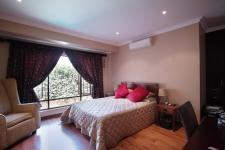 Main Bedroom - 26 square meters of property in Silver Stream Estate
