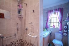 Bathroom 2 - 9 square meters of property in Silver Stream Estate