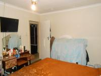 Main Bedroom - 13 square meters of property in Lenasia South