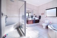 Main Bathroom - 12 square meters of property in Silverwoods Country Estate