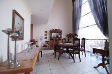 Dining Room - 20 square meters of property in Silverwoods Country Estate