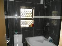 Bathroom 1 - 5 square meters of property in Umlazi