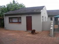 Front View of property in Illovo Beach