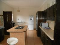 Kitchen - 15 square meters of property in Illovo Beach