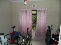 Bed Room 3 - 12 square meters of property in Illovo Beach
