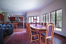 Dining Room - 20 square meters of property in Six Fountains Estate