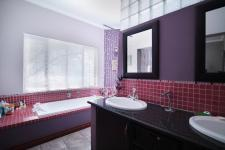 Main Bathroom - 20 square meters of property in Six Fountains Estate