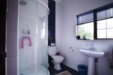 Bathroom 2 - 15 square meters of property in Six Fountains Estate