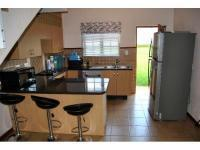Kitchen - 10 square meters of property in Olympus