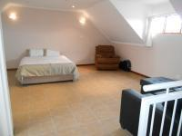 Main Bedroom - 31 square meters of property in Olympus