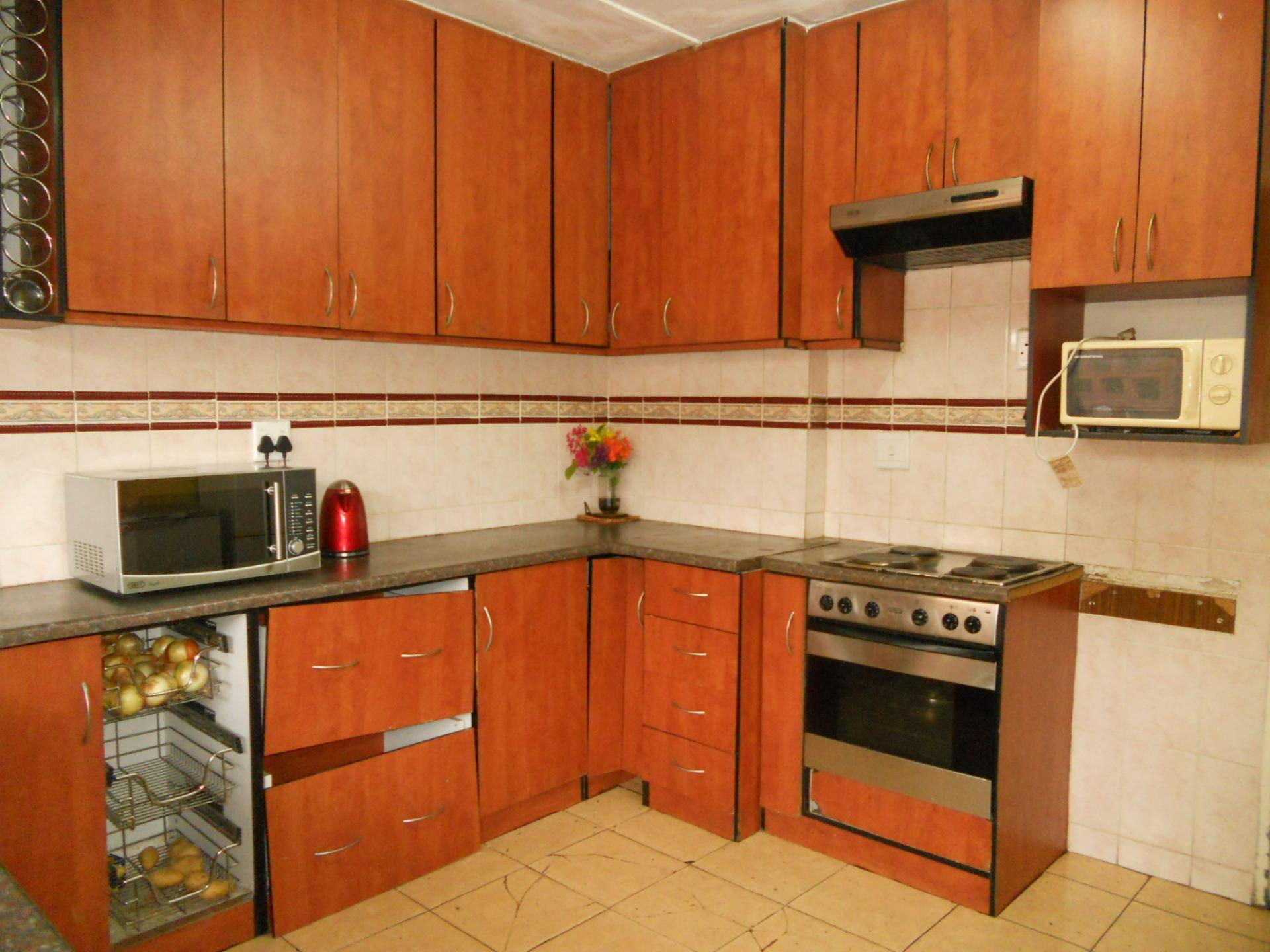 MyRoof  4 Bedroom House for Sale For Sale in Isipingo Hills