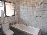 Bathroom 2 - 5 square meters of property in Isipingo Hills