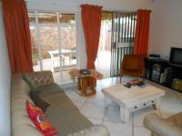 Lounges - 23 square meters of property in Garsfontein