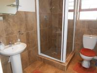 Bathroom 2 - 5 square meters of property in Vanderbijlpark