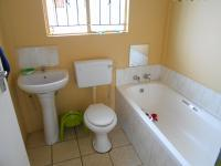 Main Bathroom - 3 square meters of property in Danville