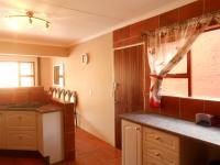Kitchen - 16 square meters of property in Northcliff