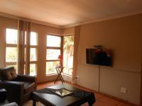 Lounges - 20 square meters of property in Northcliff