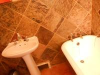 Main Bathroom - 5 square meters of property in Northcliff