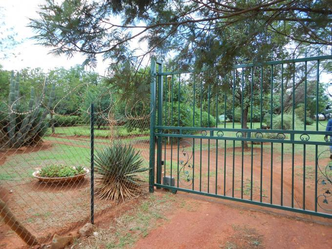 Smallholding For Sale in Bashewa - Private Sale - MR120152