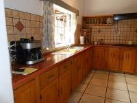 Kitchen - 20 square meters of property in Bashewa