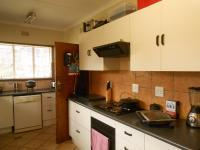 Kitchen - 14 square meters of property in Krugersdorp