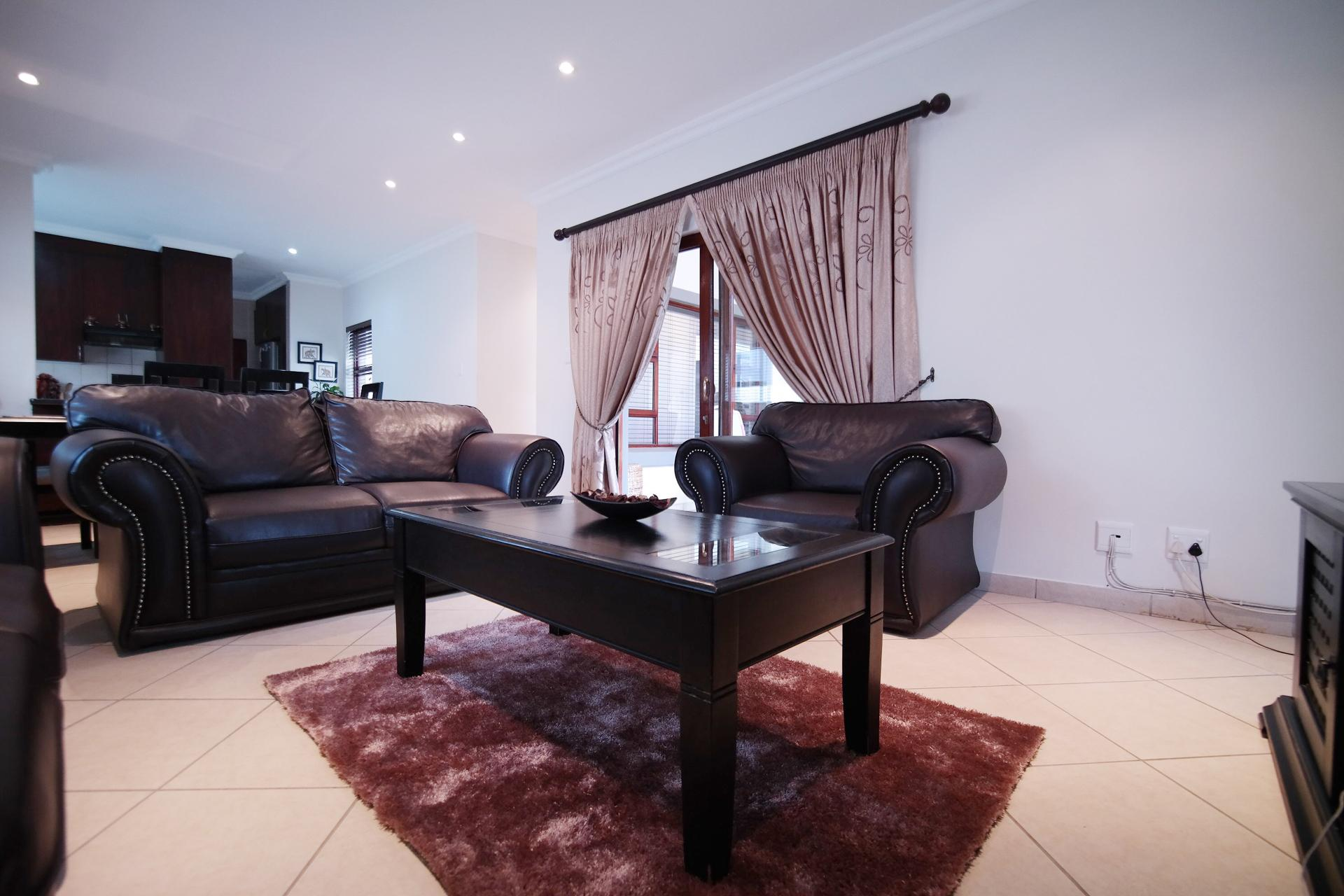 TV Room - 20 square meters of property in Six Fountains Estate