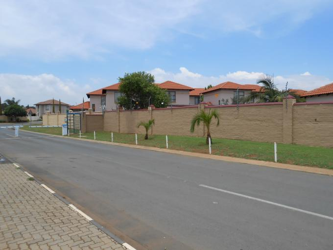 Standard Bank EasySell 3 Bedroom Apartment for Sale For Sale in Celtisdal - MR120177