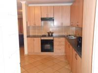 Kitchen - 9 square meters of property in Willow Park Manor