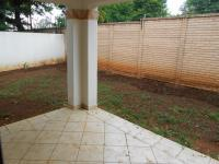 Patio - 13 square meters of property in Willow Park Manor