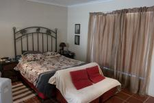 Main Bedroom - 31 square meters of property in Wellington