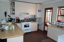 Kitchen - 28 square meters of property in Wellington