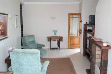 Lounges - 46 square meters of property in Bettys Bay