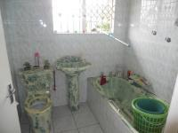 Bathroom 1 - 3 square meters of property in Shallcross