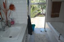 Bathroom 1 - 10 square meters of property in Flamingo Vlei