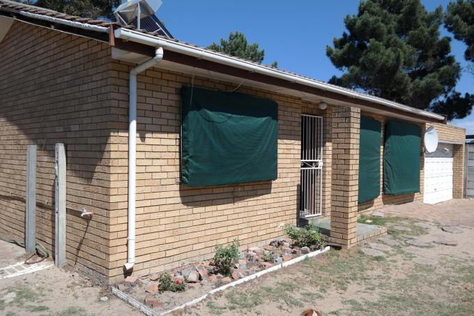 2 Bedroom House for Sale For Sale in Kraaifontein - Private Sale - MR120272
