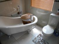 Main Bathroom - 8 square meters of property in Noordwyk