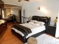 Main Bedroom - 37 square meters of property in Three Rivers