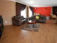 Lounges - 84 square meters of property in Vaalpark