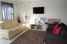 Lounges - 17 square meters of property in Mitchells Plain