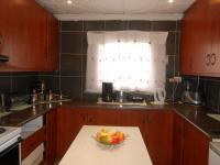Kitchen - 12 square meters of property in Lenasia