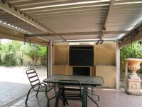 Patio - 15 square meters of property in Bloubosrand