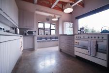 Kitchen - 39 square meters of property in The Meadows Estate