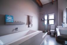Main Bathroom - 9 square meters of property in The Meadows Estate