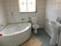 Main Bathroom - 9 square meters of property in Danville
