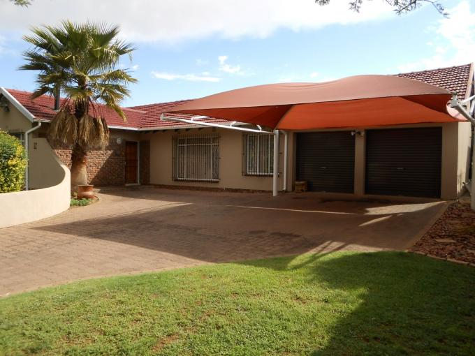 3 Bedroom House for Sale For Sale in Benoni - Home Sell - MR120496