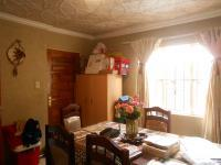 Dining Room - 14 square meters of property in Naturena