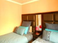 Bed Room 1 - 13 square meters of property in Naturena