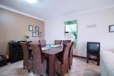 Dining Room - 15 square meters of property in Silverwoods Country Estate