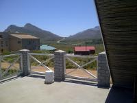 Spaces - 44 square meters of property in Pringle Bay