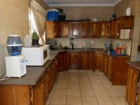 Kitchen - 18 square meters of property in Boksburg
